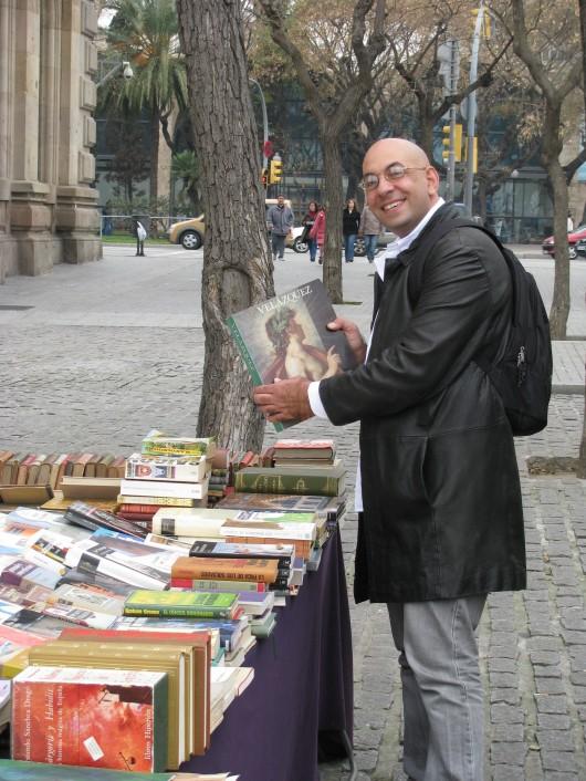 יריד ספרים נדירים על חוף הים, ברצלונה