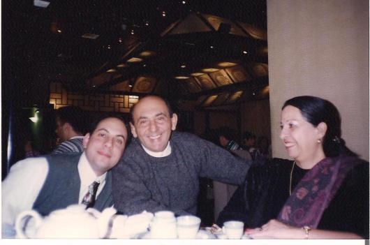 1997. במסעדה